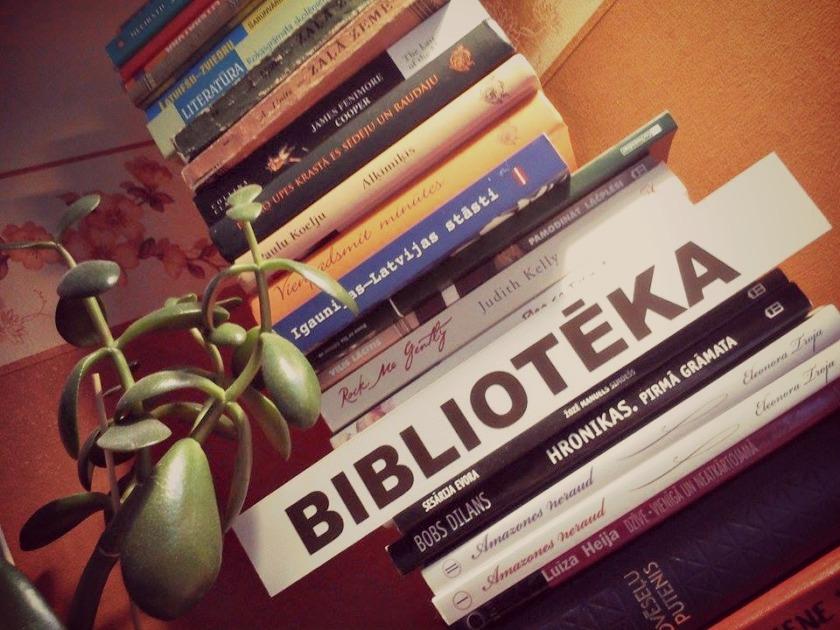 """""""Māja bez grāmatas ir kā miesa bez dvēseles.""""  /Cicerons/"""